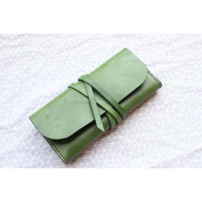 Zelené psaníčko CLUTCH