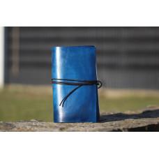 Modrý deník z hovězí kůže
