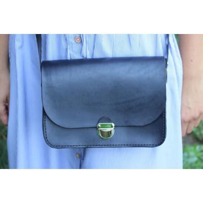Dámská kožená kabelka - černá