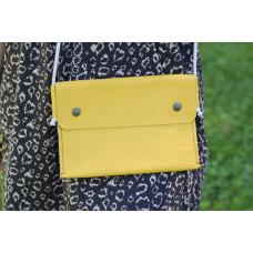 Žlutá taška/kapsa přes rameno